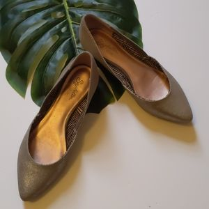 Seychelles Gold micro-wedges
